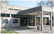 Bürgerhaus_Mainz-Kostheim_KCV-Sitzung_Ort_Anfahrt_Bild_Front_Gebäude_Parkplatz-2015
