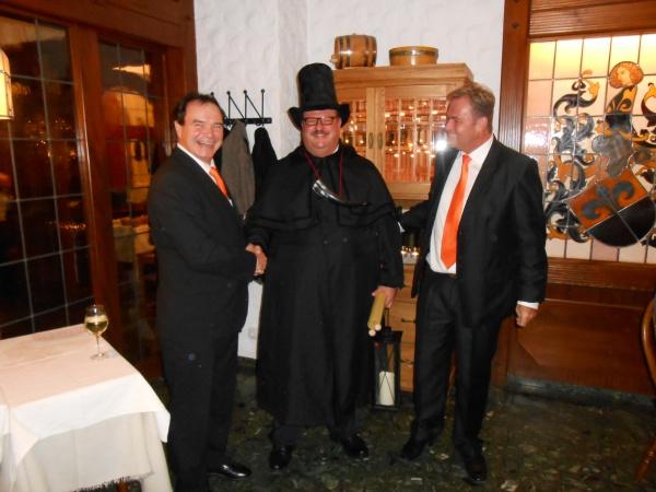 Großer Rat des Kostheimer Carneval Verein im Weinhaus Wiesbaden Sinz zu Gast Raum 2015 Feier Toni Oestereich