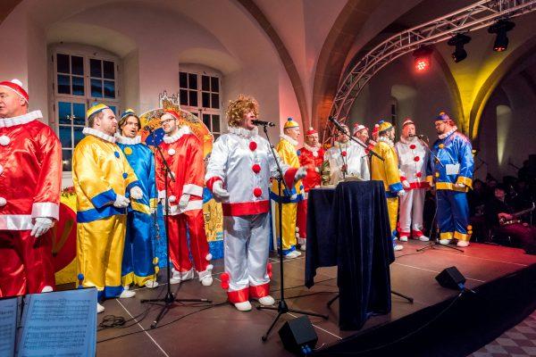 Die Mainzer Hofsänger bei der Närrischen Weinprobe im Kloster-Eberbach